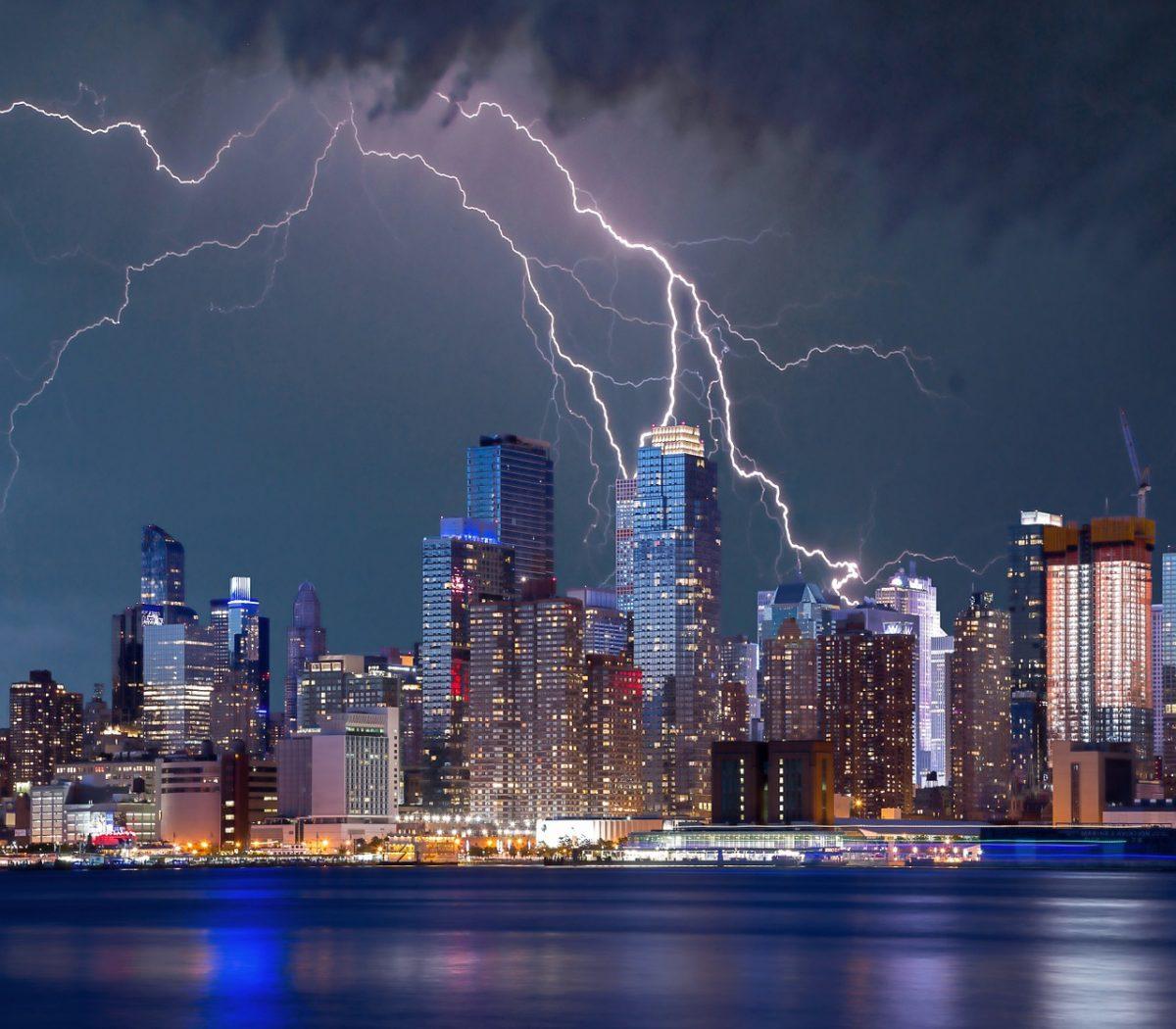 new york lightning strike